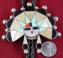 Bolo Ties, Pawn